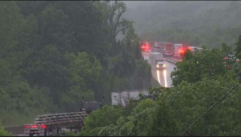 Fatal crash involving several vehicles shuts down I-44 near Waynesville, Mo.