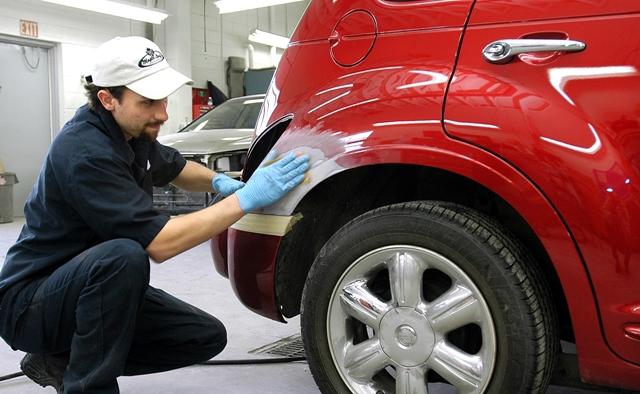 Repairing your car after an auto accident for Honda car repair shop near me